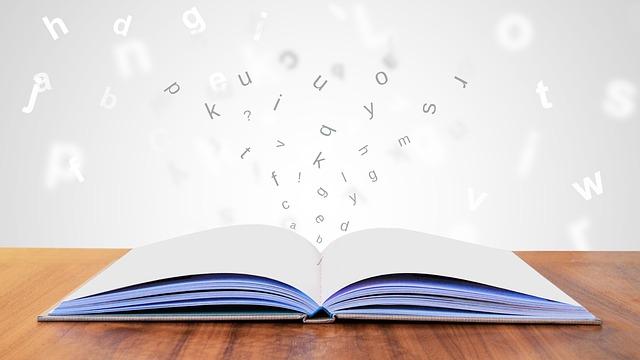 písmenka nad knihou