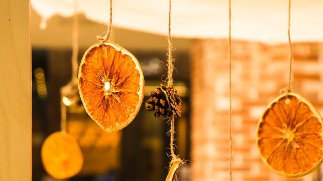 ozdoba ze sušených pomerančů