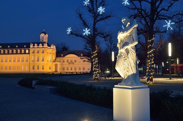 zámek o vánocích